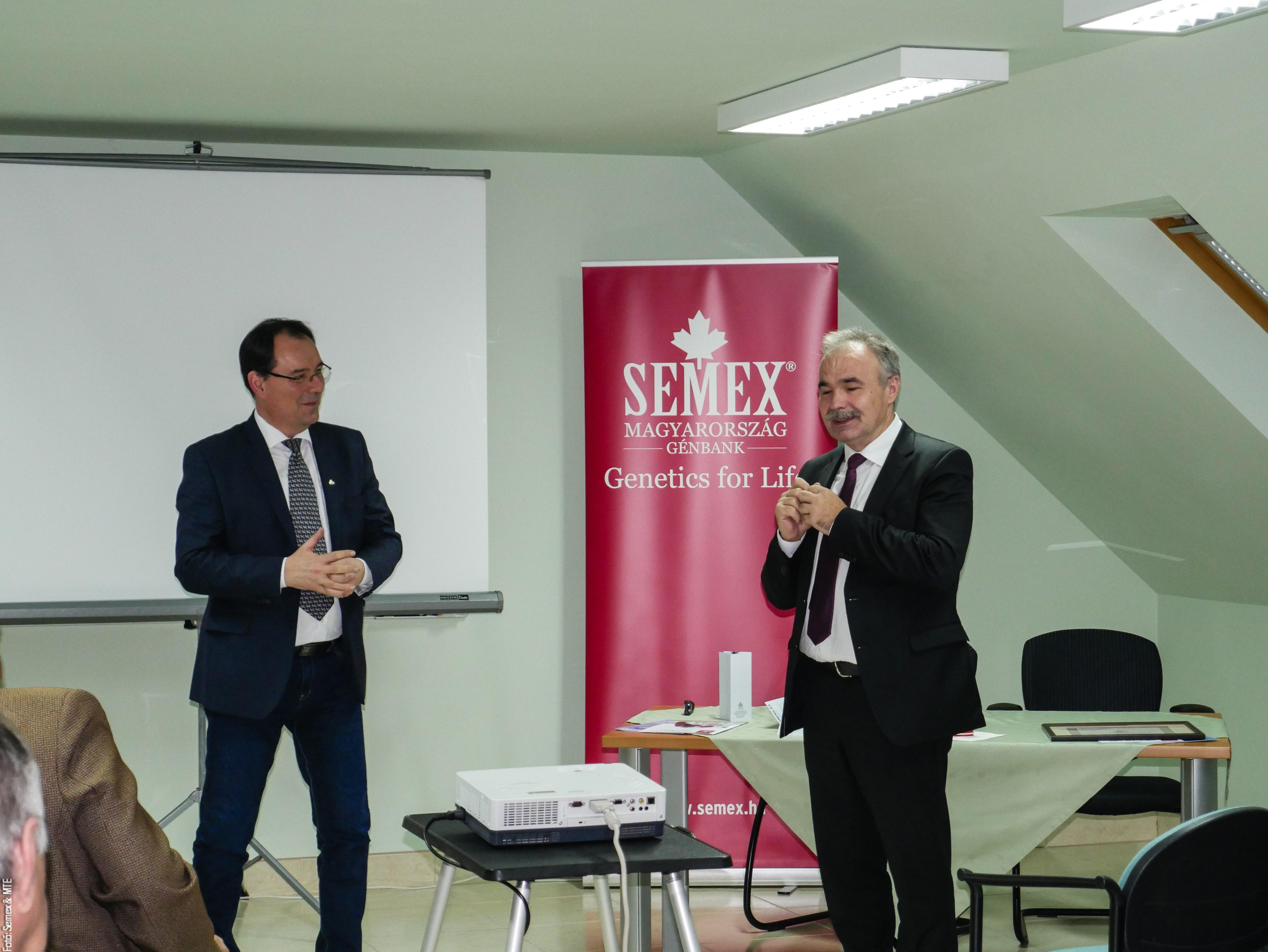 Ünnepi tanácskozás és miniszteri látogatás a Semexnél
